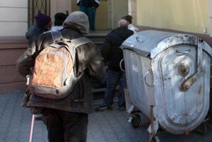 Príchodu zimy sa najviac boja bezdomovci.