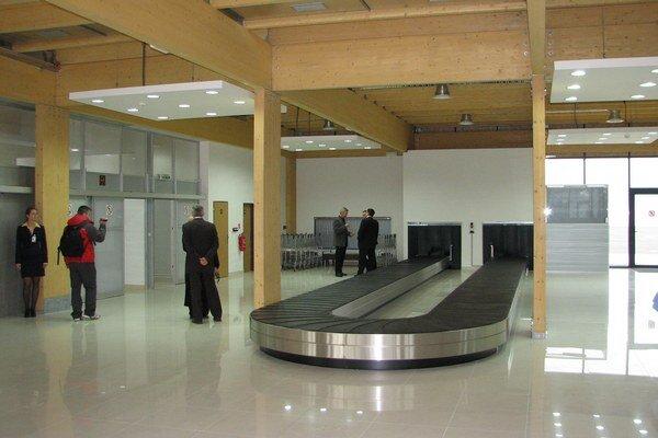 Novú príletovú halu postavili v Poprade v roku 2008.