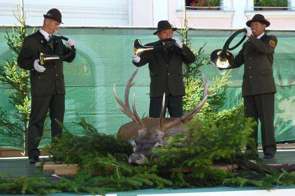 Súčasťou dňa boli aj ukážky poľovníckych trubačov.