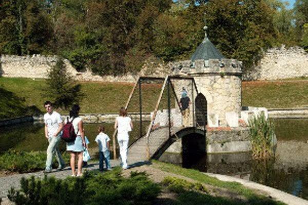 Turistami vyhľadávané Bojnice sú podľa hlasovania piate najkrajšie na Slovensku.