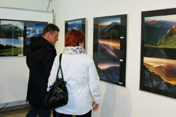 Výstava prizma je v regionálnom kultúrnom centre v Prievidzi prístupná do 3. decembra.