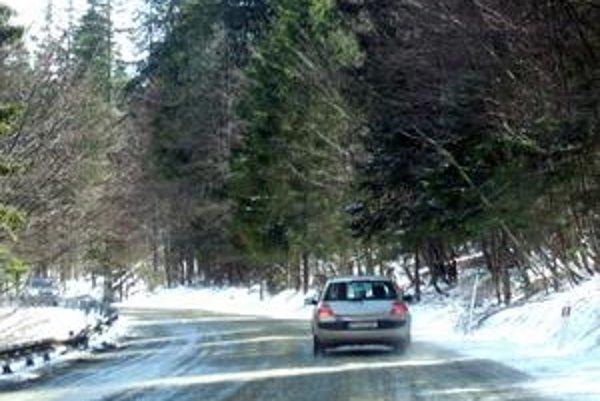 Aprílová nádielka snehu pod Tatrami nie je veľkou zvláštnosťou.