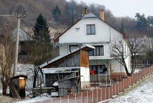 Domov sa už nevráti. Stanislav býval so svojou rodinou v tomto dome. V časti Andrejovka hovoria o Stanislavovi ako o dobrom človeku.