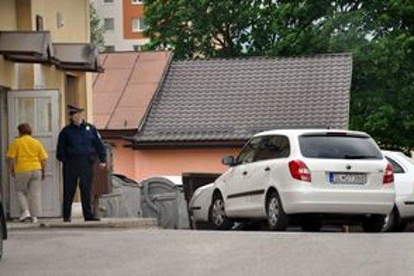 Fabia bez označenia. Vozidlo využívajú mestskí policajti bez označenia. Zákon však hovorí o inej definícii.