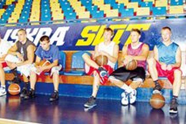 Na prvom tréningu bolo deväť hráčov Svitu.