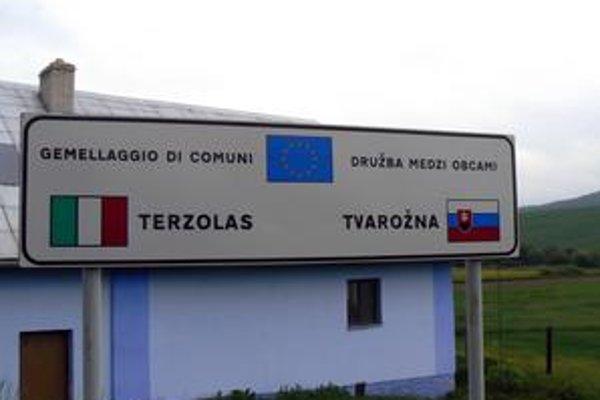 Tvarožná. Bola jedna z prvých obcí na Slovensku, ktorá začala družobnú spoluprácu s obcou z Talianska.