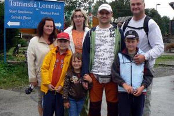 Česi ne čele. Rodine Vávrovcov z Ostravy a ich krajanom sa v Tatrách páči. Českí turisti sa v počte návštevnosti dostali na čelo.