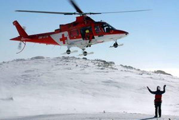 Letecká záchrana má v Tatrách nezastupiteľnú úlohu.