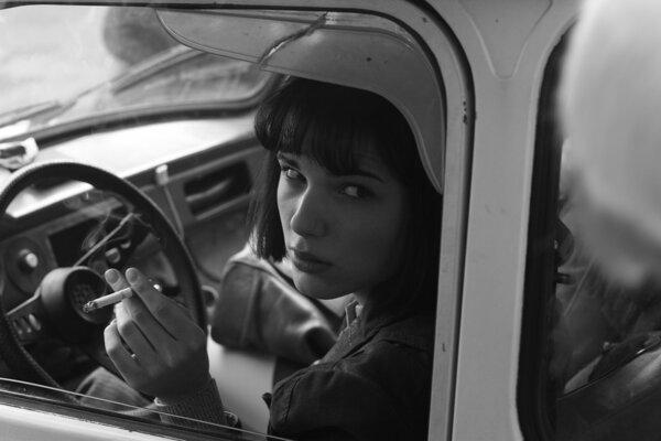 Ja, Olga Hepnarová je napriek háklivému obsahu vo francúzskych kinách.