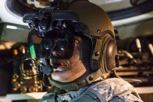 IronVison je určený predovšetkým pre veliteľov a vodičov tankov a bojových vozidiel pechoty.