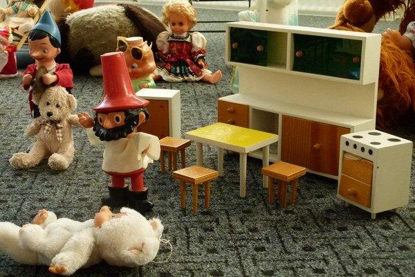 Rumcajs, Mončičák aj drevená kuchynka prešli rukami mnohých detí.