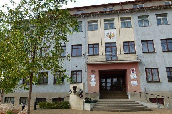 Mestský úrad v Želiezovciach.