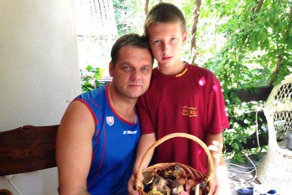So synom Milanom na hubách.
