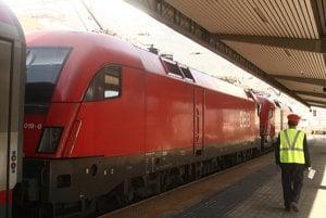 Cestovanie do Rakúska vlakom bude vďaka nákupu lístka cez internet pohodlnejšie.