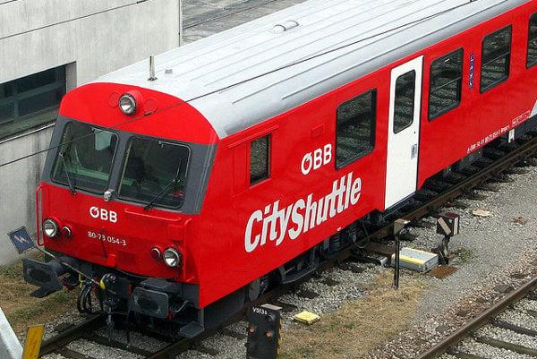 Lístok na vlak do Rakúska si už kúpite aj cez internet.