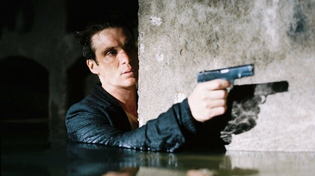 Jozefa Gabčíka hrá skvelý írsky herec Cillian Murphy.