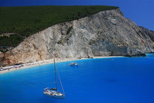 Pláž Porto Katsiki. Grécky ostrov Lefkada.
