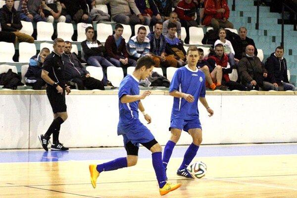 Výber futbalistov z piatej a šiestej ligy si zahrá proti najlepším mužstvá z regiónu, počnúc druholigovou Nitrou či Sereďou.