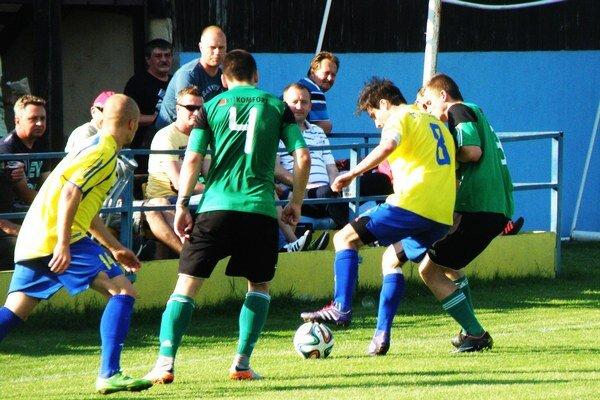 Diváci sa gólu v okresnom derby nedočkali.