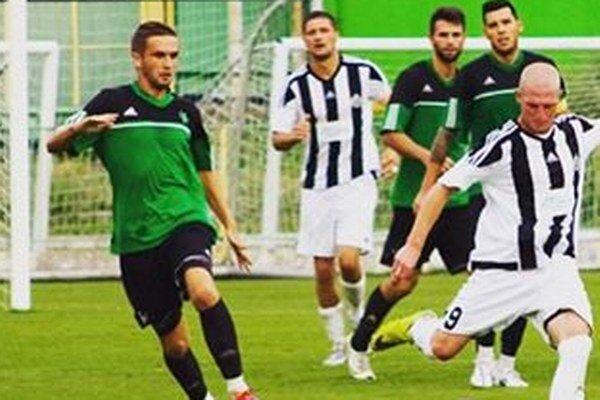 Martin Letko (celkom vľavo) sa uviedol po návrate z hosťovania proti Kremničke peknám gólom