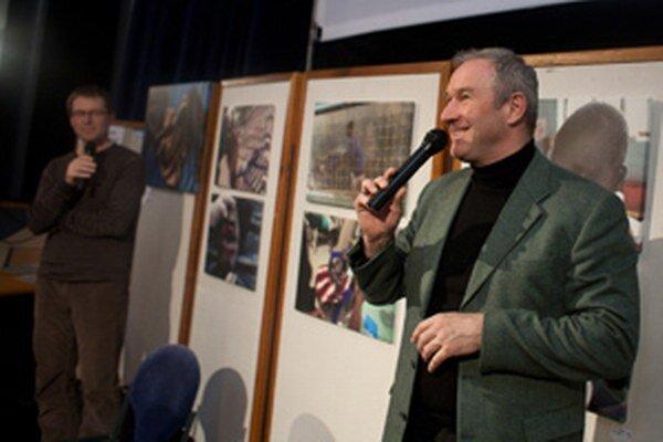Róbert Bezák v marci tohto roku zavítal do Prievidze na festival Jeden svet.