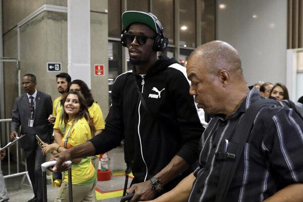 Usain Bolt je tiež už v Riu de Janeiro.