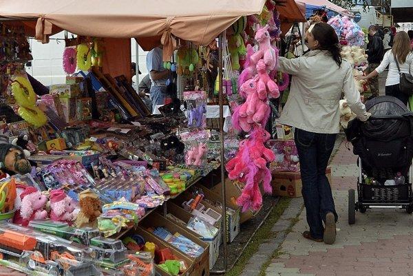 Obchodníci svoje predajné stánky rozložia na handlovskom baníckom jarmoku 16. a 17. septembra. Ilustračné foto.
