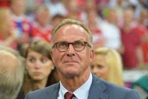 Šéf Bayernu Karl-Heinz Rummenigge reagoval na slová Roberta Lewandowského.