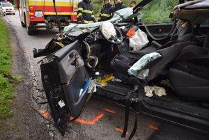 Pri dopravnej nehode vyhasol život 37-ročného Ladislava z Novej Dubnice.