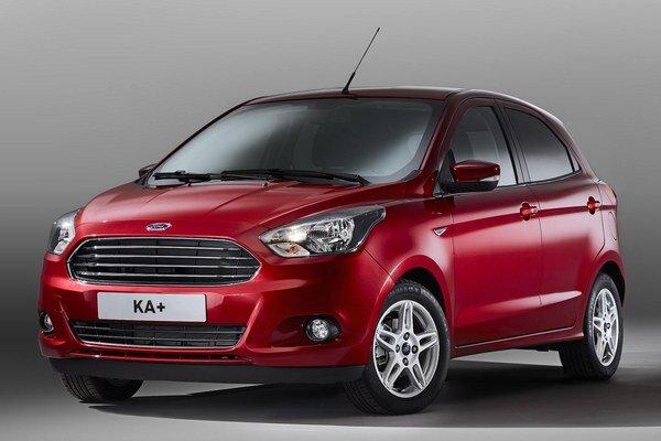 Mestský automobil Ford Ka+. Na rozdiel od predchádzajúceho modelu Ka, ktorý sa dodával len ako trojdverový, nový model Ka+ má pätoro dverí.