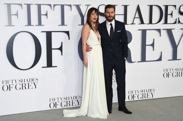 Najhoršia filmová dvojica. Jamie Dornan a Dakota Johnson z 50 odtieňov sivej.