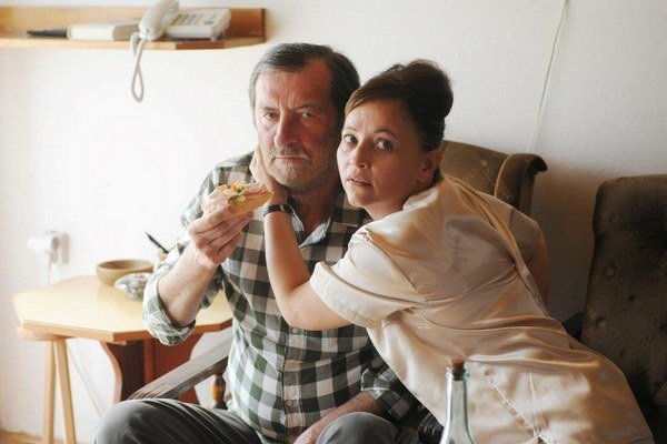 Domáci péče. Vďaka tomuto filmu sa Alena Mihulová vrátila na výslnie.