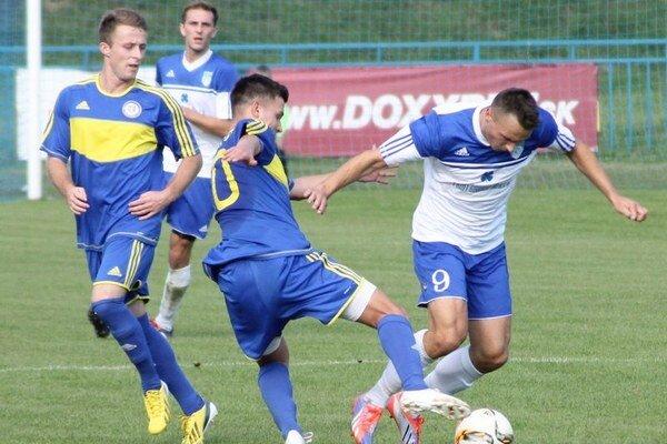 V Bardejovskej Novej Vsi padali góly až po zmene strán. Domáci futbalisti si poradili s Vranovčanmi.