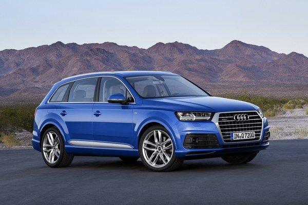Audi Q7 druhej generácie. Nové prémiové športovo-úžitkové vozidlo bude mať svetovú premiéru v januári v americkom Detroite.