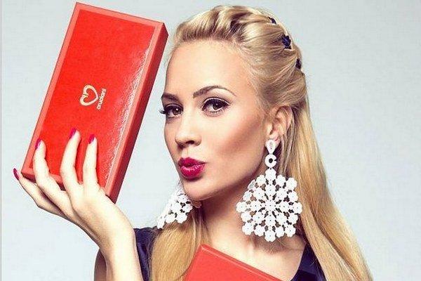 Atraktívna blondínka. Barbora je vo svete módy ako doma.