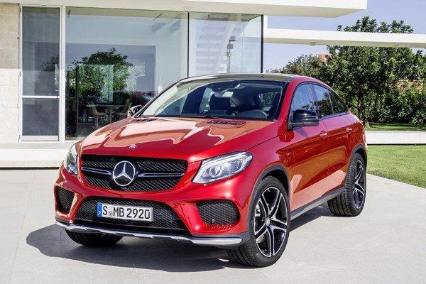 Mercedes-Benz GLE Coupé. Nové športovo-úžitkové kupé bude mať svetovú premiéru na severoamerickom medzinárodnom autosalóne v Detroite.