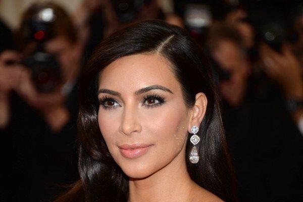 Kim Kardashian sa už volá Kim West.