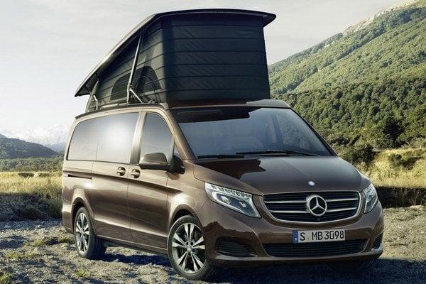 Obytný automobil Mercedes-Benz Marco Polo. Nový kompaktný obytný automobil je odvodený od modelu triedy V a bol vyvinutý v spolupráci s firmou Westfalia.