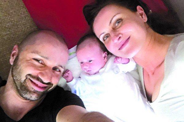 Robo Opatovský s manželkou a dcérou Hankou.