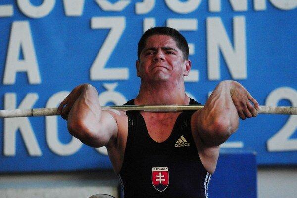 Karol Samko. Životný úspech v Tel Avive, skončil piaty v nadhode na majstrovstvách Európy.