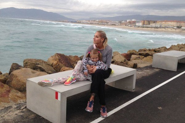 Pohodička. Dara s Laurou si ju užili na brehu oceánu.