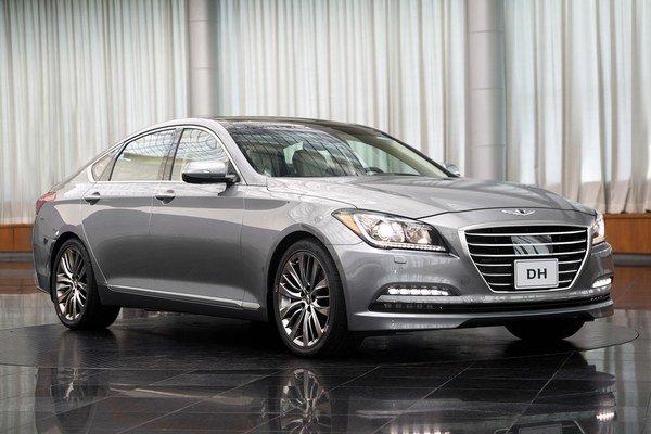 Hyundai Genesis novej generácie. Nový model Genesis má konkurovať vozidlám BMW radu 5, Audi A6 i Mercedes triedy E.