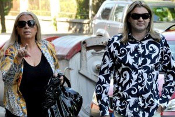 Lovestory Mojsejovcov ani rozvod nepretrhol.