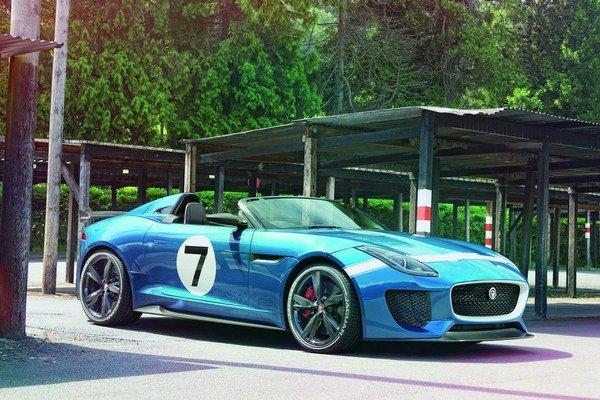 Jednosedadlový pretekársky Jaguar Project 7. Číslo sedem v označení tohto vozidla má pripomínať sedem víťazstiev firmy Jaguar na 24-hodinových pretekoch v Le Mans.