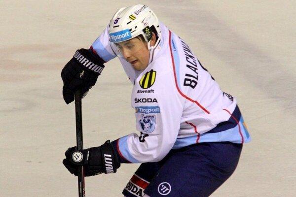 Dva góly, vrátane víťazného, strelil Kanaďan Judd Blackwater.