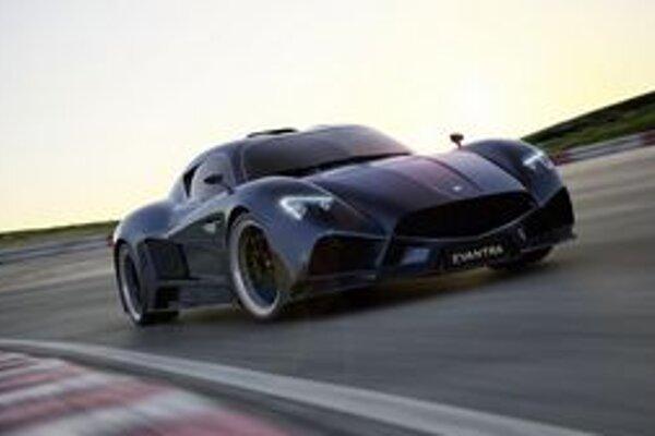 Superšportový automobil Evantra. Na pohon vozidla, ktoré je výrobkom talianskej firmy Faralli & Mazzanti, slúži 3,5-litrový šesťvalec výkonu až 447 kW.