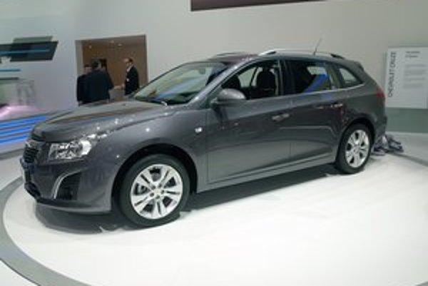 Chevrolet Cruze station wagon alias kombi. Nové kombi malo svetovú premiéru na ženevskom autosalóne