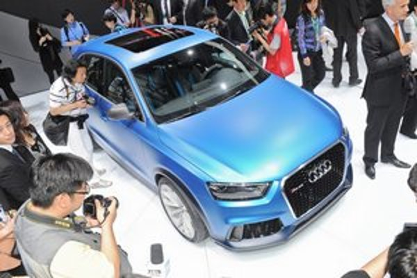 Koncepčné Aud Audi RS Q3. Na pekinskom autosalóne predstavené audi predstavuje štúdiu kompaktného športovo-úžitkového automobilu.