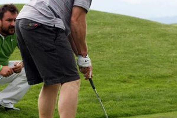 Marián Hossa si v sobotu zahrá golf na Alpinke.