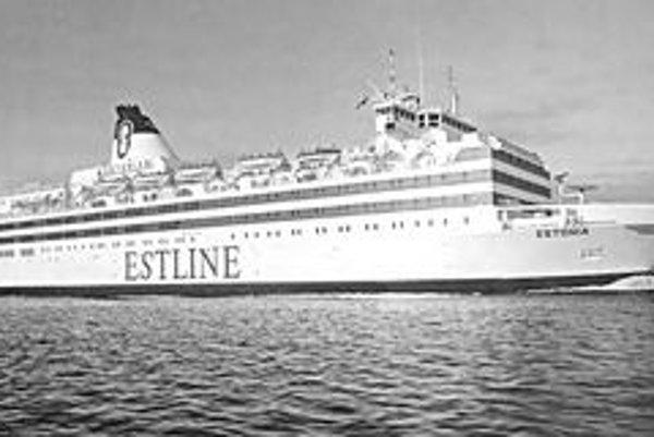 Trajekt Estonia. Loď postavili nemecké lodenice Meyer v roku 1980 a mala kapacitu 2 000 cestujúcich.